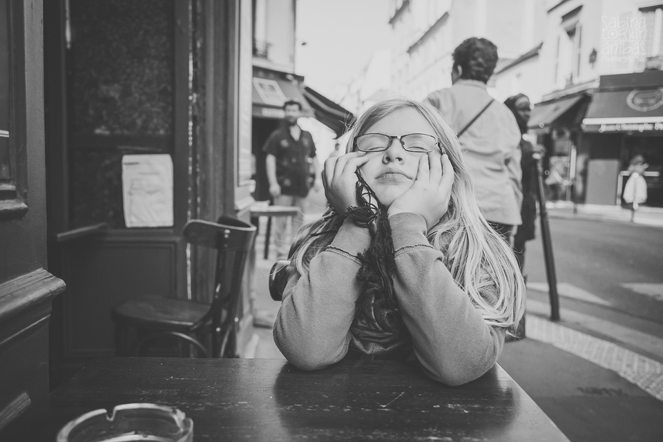 """Discover """"A girl in Paris"""" a photo reportage discovering Paris for the first time"""