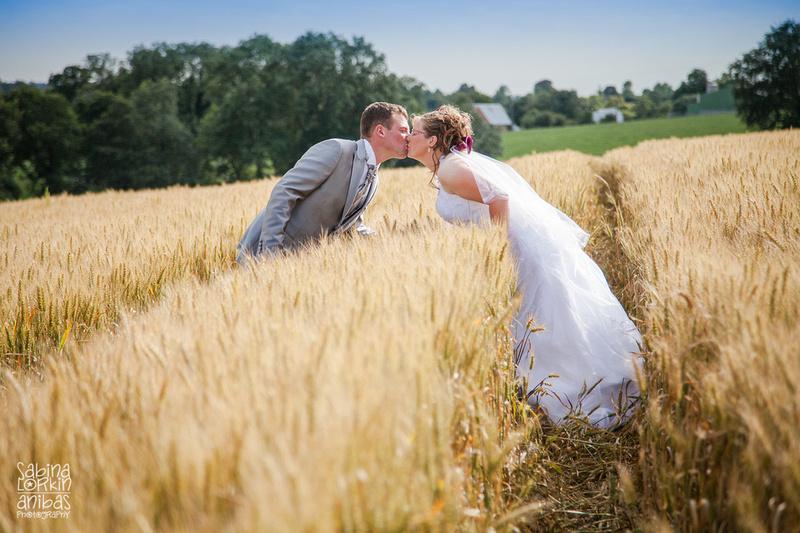 Découvrez les photos de mariages de Franck et Elodie qui se sont mariés en Normandie - Par photographe de mariage Sabina Lorkin